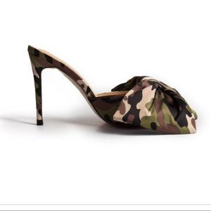 Ladies PINK ELEPHANT CAMO SLIP ON HEELS